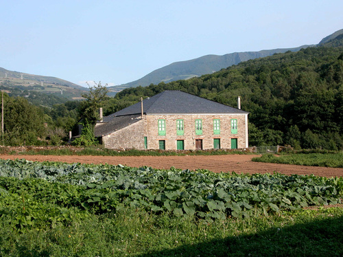 rural triacastela