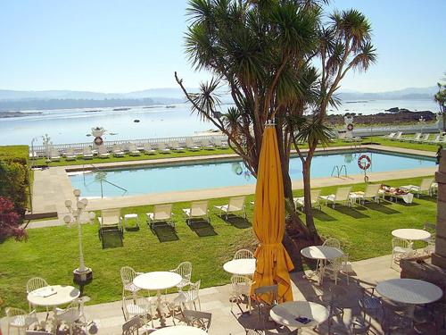 La Toja, piscina del gran hotel