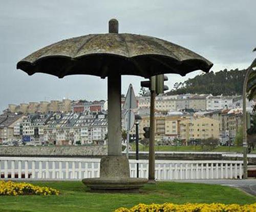 El Paraguas de O Temple marca los límites de Cambre y Culleredo